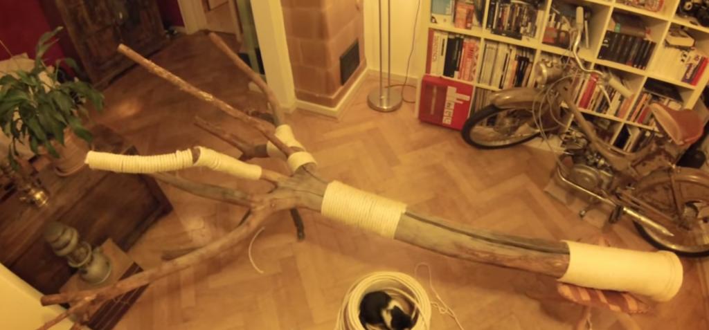 かっこいい!DIYで作ったキャットツリーが超おしゃれ