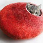 猫の気持ちを分かってらっしゃる「フェルトキャットハウス」!